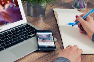 ¿Cuál es el impacto de Accelerated Mobile Pages en el posicionamiento natural?
